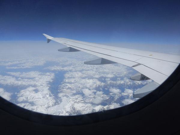 1_auf_dem_Hinflug_die_Alpen